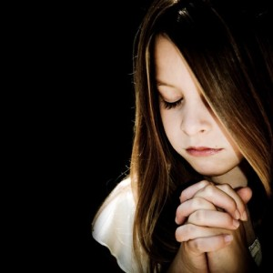 girl-praying (Small)